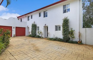 Picture of 1/5 Stillwater Place, Noosaville QLD 4566
