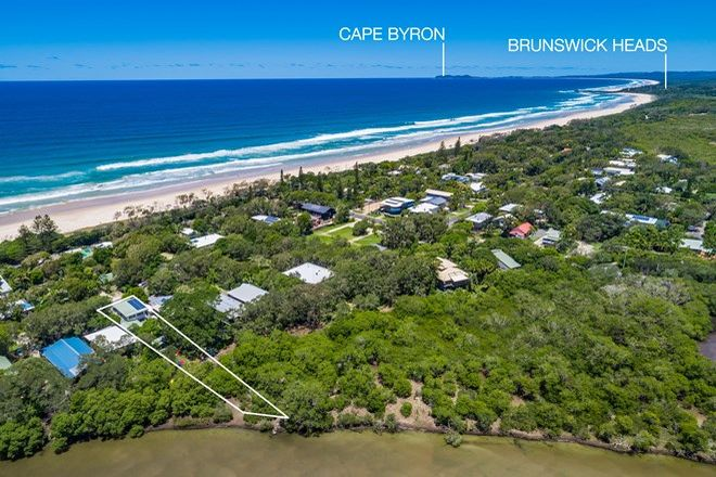Picture of 17 Pacific Street, NEW BRIGHTON NSW 2483