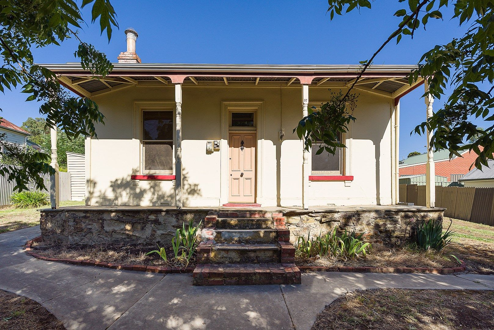 37 Bowden Street, Castlemaine VIC 3450, Image 0