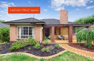 Picture of 2 Shanahan Crescent, Mckinnon VIC 3204