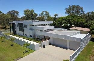 Picture of 51 McIntosh Avenue, Elliott Heads QLD 4670