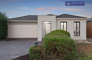 24 Lindsay Gardens, Point Cook VIC 3030