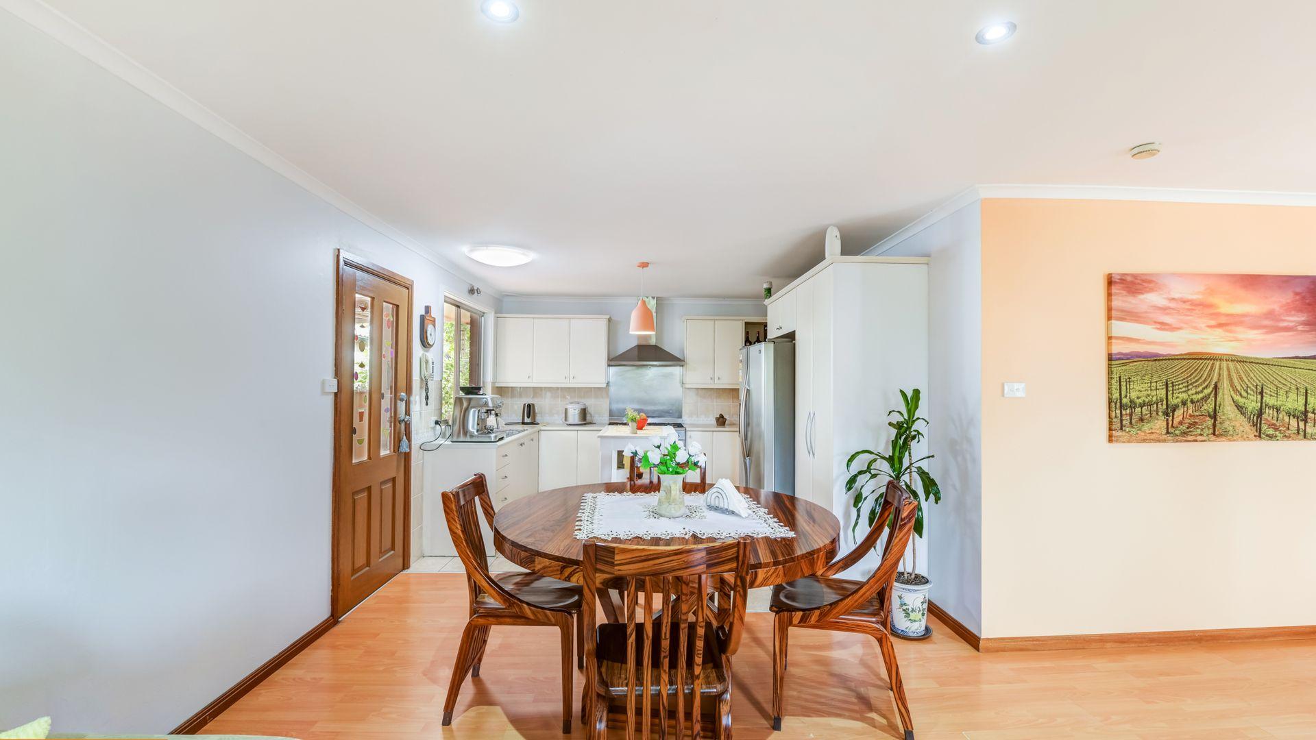 14 Lantana Street, Macquarie Fields NSW 2564, Image 2