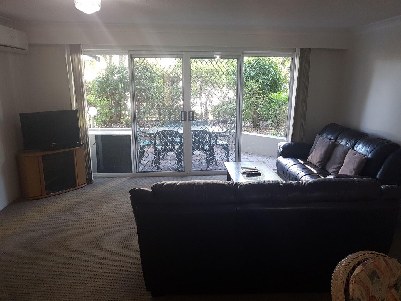 20/37 Bayview street, Runaway Bay QLD 4216, Image 2