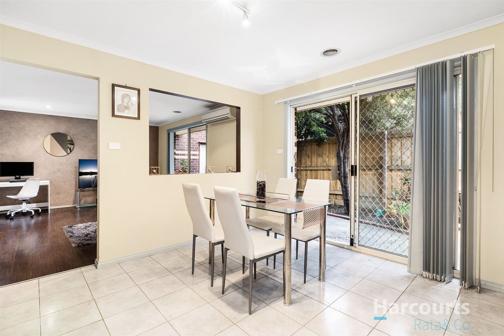 2/5 Smith Street, Reservoir VIC 3073, Image 2