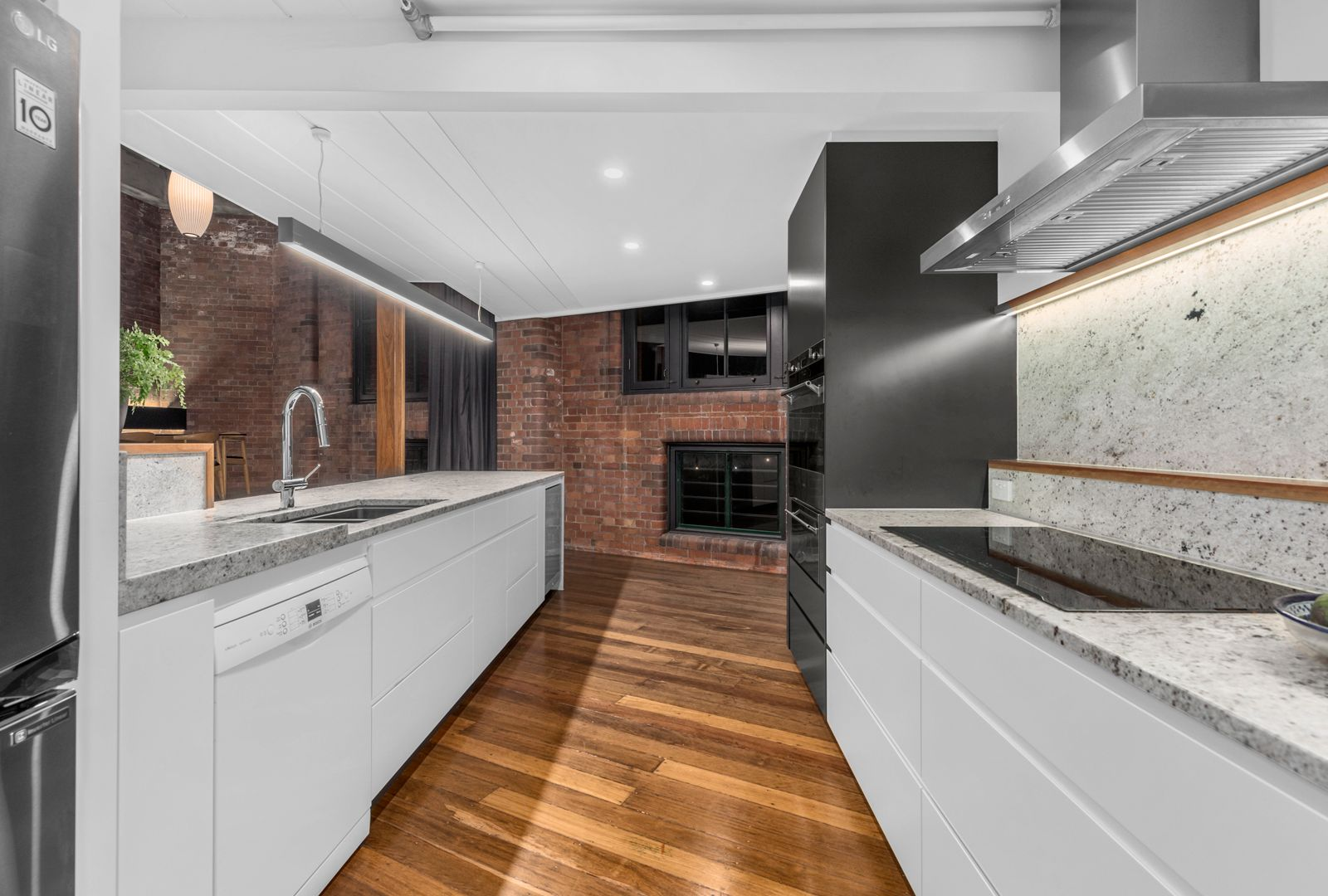 54/241 Arthur Street, Teneriffe QLD 4005, Image 2