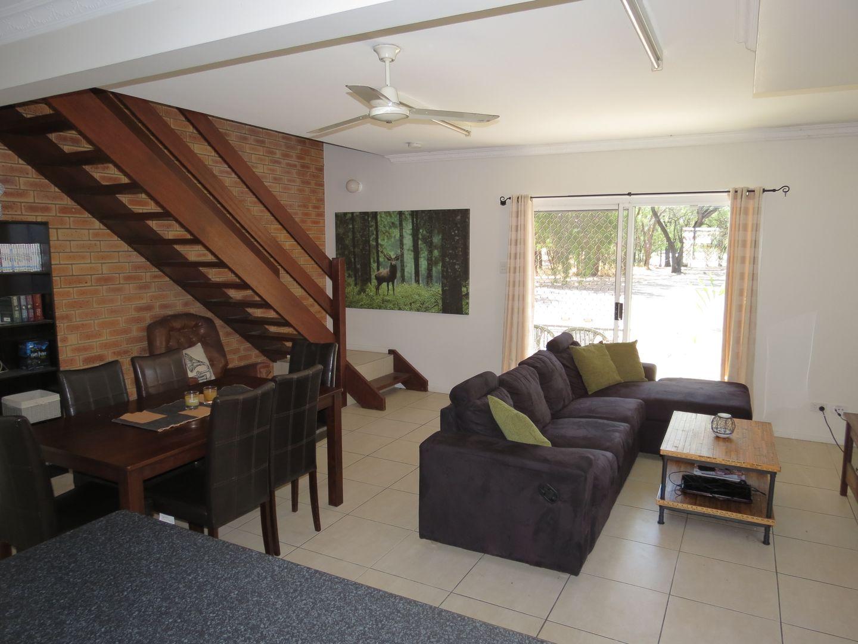 15/145 Egerton Street (THE LINKS), Emerald QLD 4720, Image 2