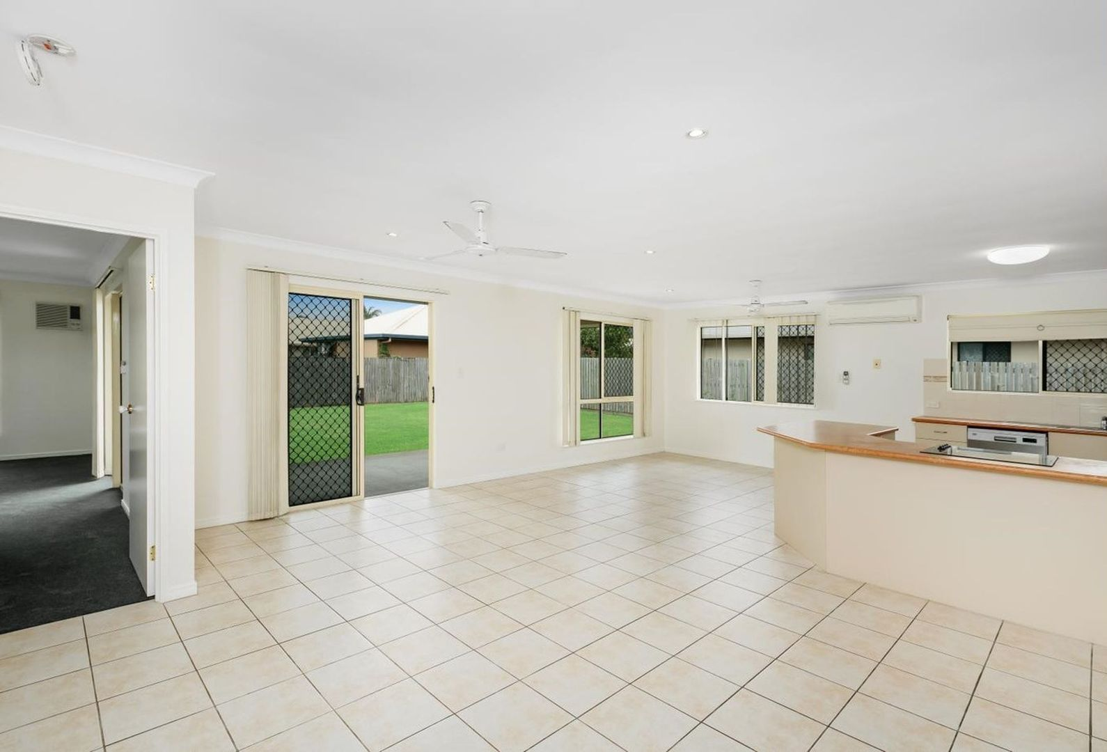 32 Leftwich Street, White Rock QLD 4868, Image 2