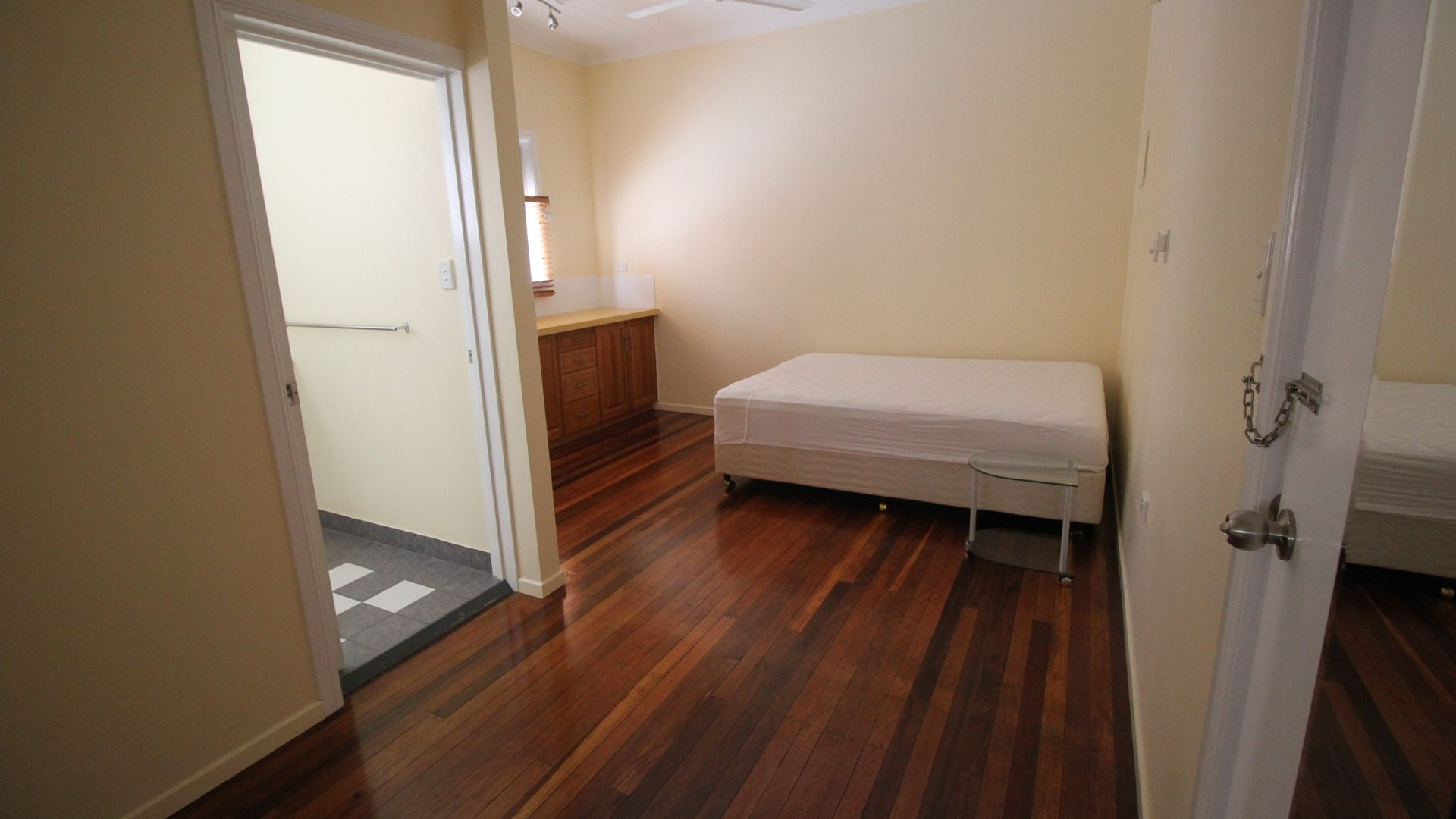 3/2 Haig Street, Ingham QLD 4850, Image 2