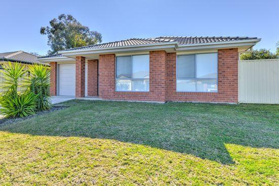 22 Gungurru Close, Tamworth NSW 2340, Image 1