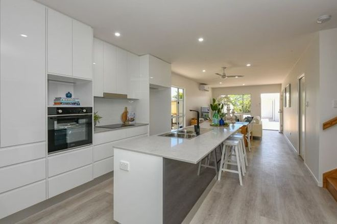 Picture of 11 Holland Street, BARGARA QLD 4670