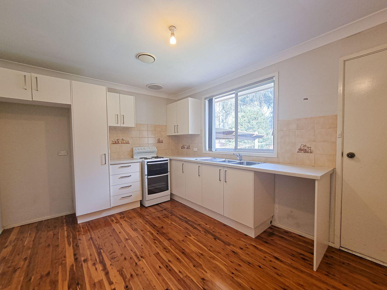 33 Elwood Avenue, Quakers Hill NSW 2763, Image 1