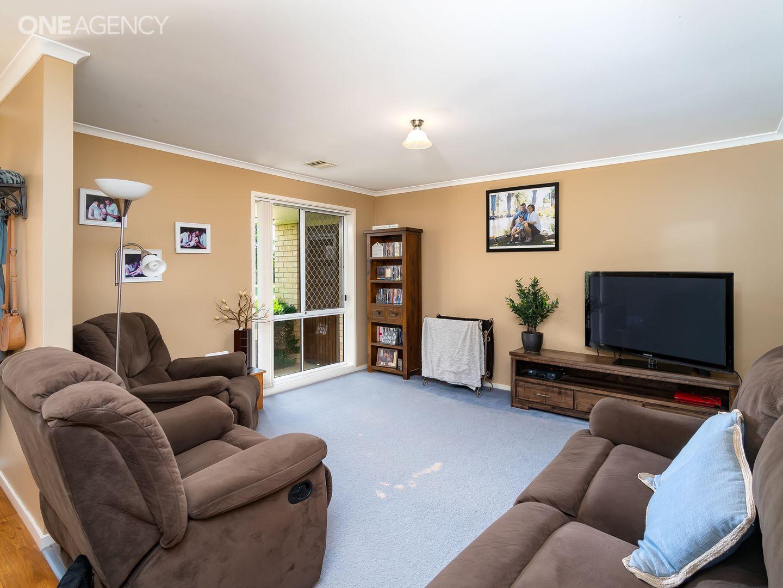 48 Kaldari Crescent, Glenfield Park NSW 2650, Image 1