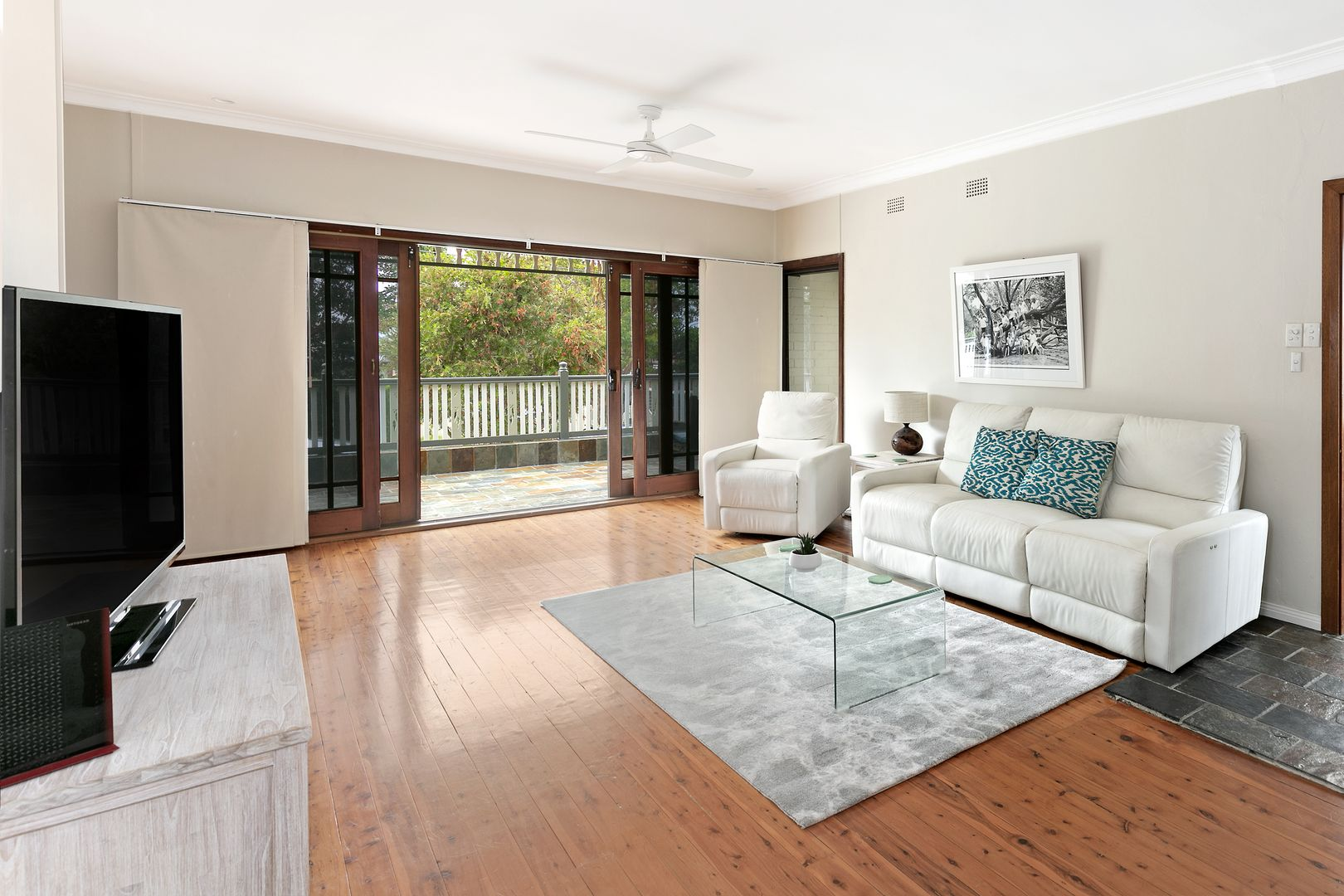 6 Coles Road, Freshwater NSW 2096, Image 1