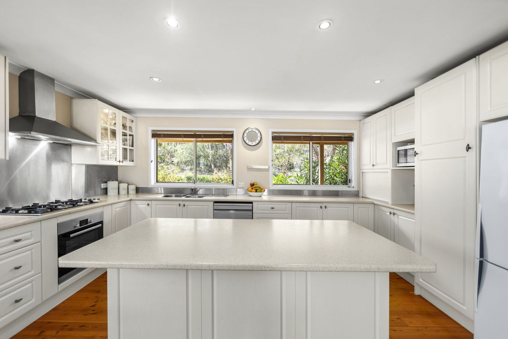 141 Cresthaven  Avenue, Bateau Bay NSW 2261, Image 1