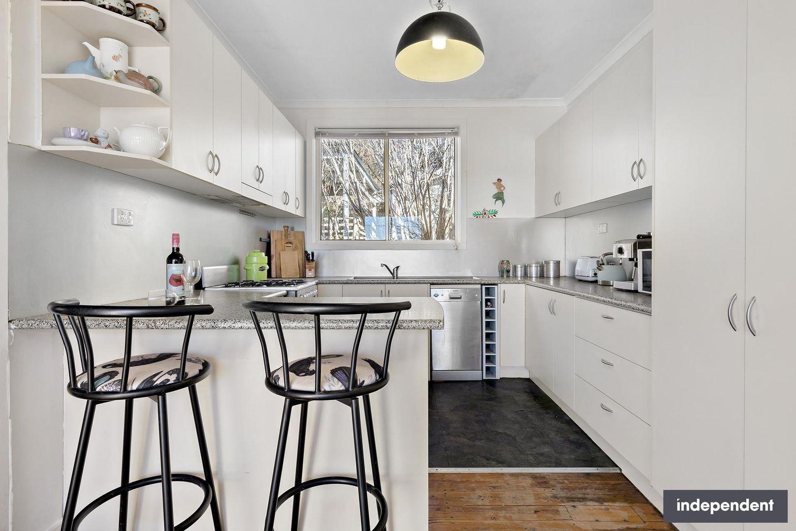 4 Railway Avenue, Crestwood NSW 2620, Image 0