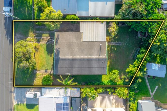 Picture of 6 Redbank Road, REDCLIFFE QLD 4020