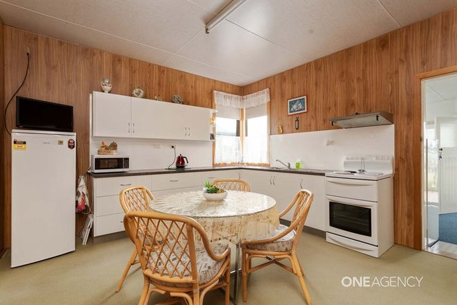 Picture of 5 Overall Street, SULPHUR CREEK TAS 7316