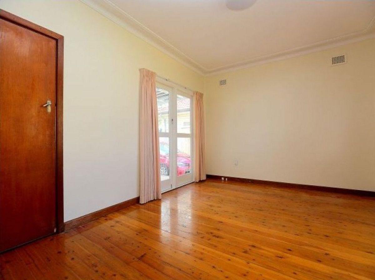 7 Haig Avenue, Georges Hall NSW 2198, Image 1