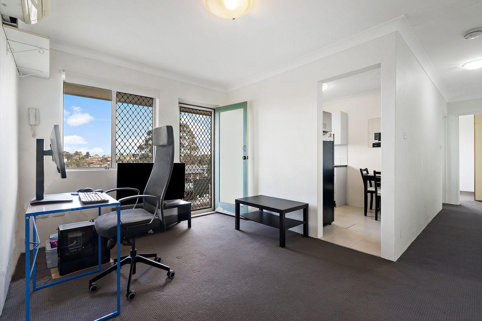 9/3 Pitt Street, Parramatta NSW 2150