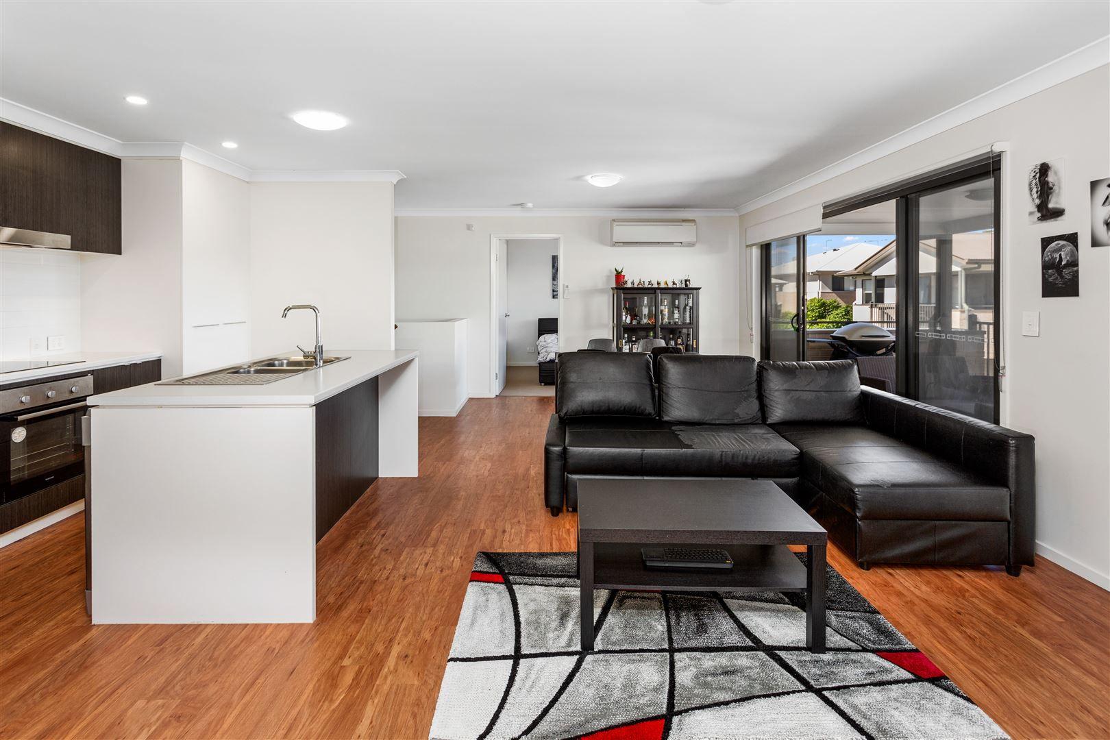 214/25 Farinazzo Street, Richlands QLD 4077, Image 0