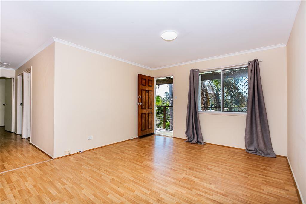 33 Tarlo Street, Eagleby QLD 4207, Image 2