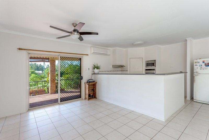 15 Parkridge Drive, Withcott QLD 4352, Image 2