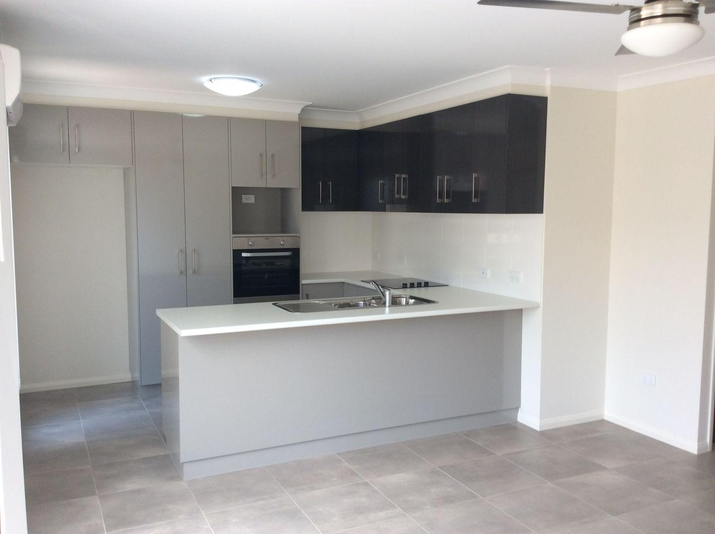 4/240 Bridge Street, Newtown QLD 4305, Image 2