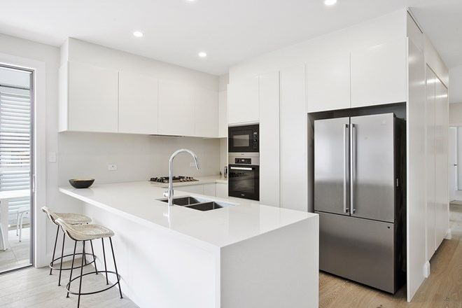 Picture of 5/6 Foamcrest Avenue, NEWPORT NSW 2106