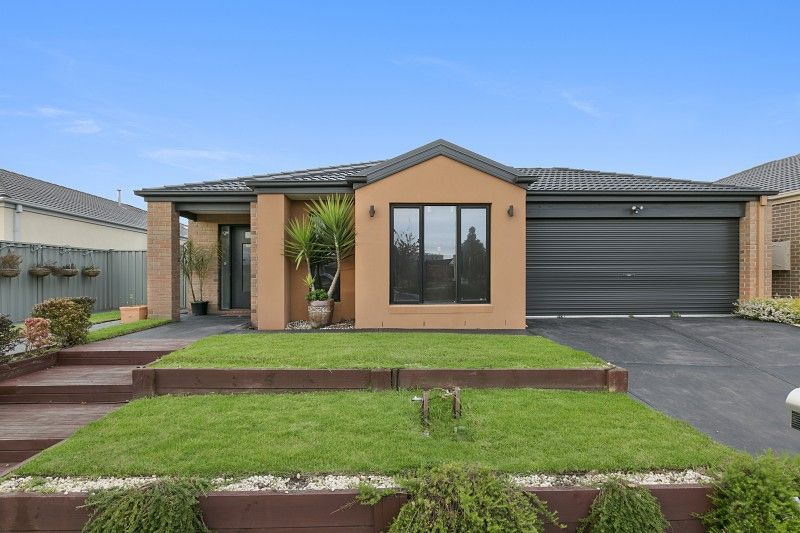 5 Bowyer Avenue, Cranbourne East VIC 3977, Image 0