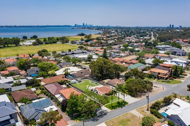 Picture of 27 Doney Street, ALFRED COVE WA 6154