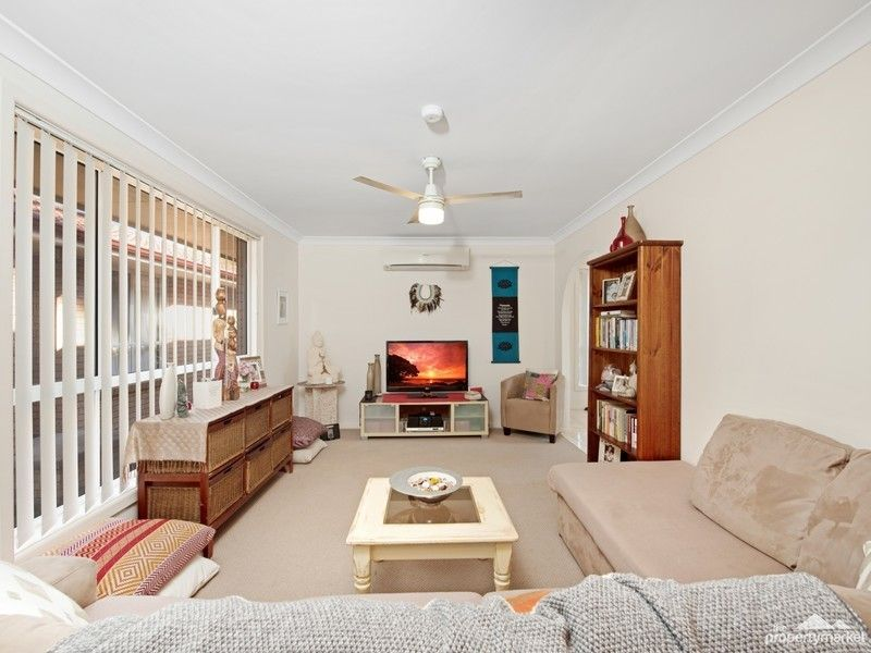 2/7 Marvin Close, Lake Munmorah NSW 2259, Image 0