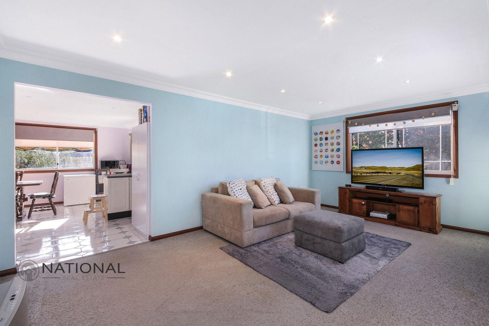 17a Taralga St, Old Guildford NSW 2161, Image 2