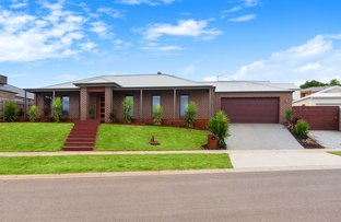 Picture of 37 Manikato Drive, Drouin VIC 3818