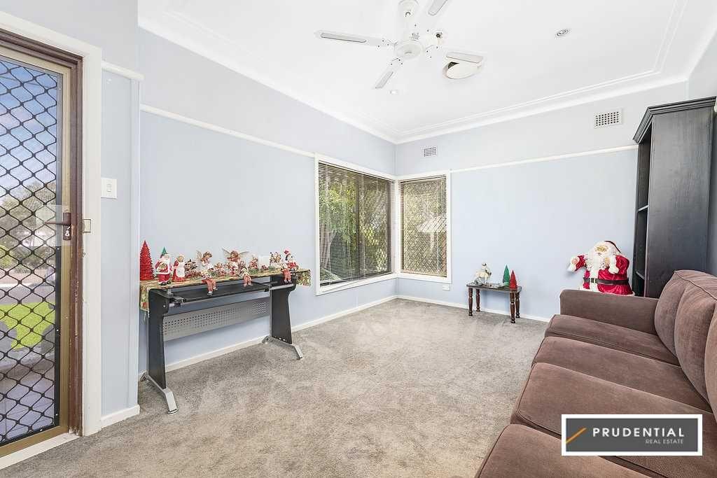 14 Hilltop Crescent, Campbelltown NSW 2560, Image 1