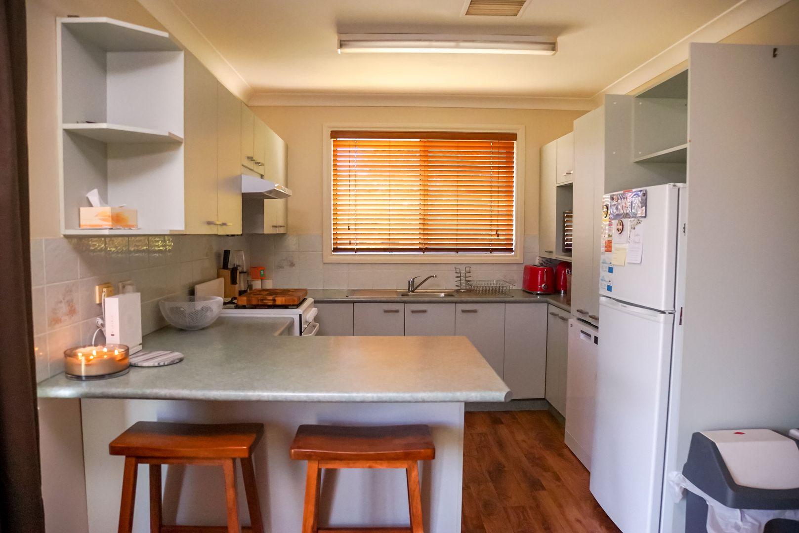 6 Endeavour Place, Parkes NSW 2870, Image 1