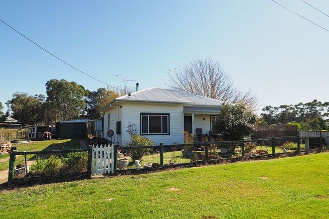 Picture of 18 Hanson Street, GLENTHOMPSON VIC 3293
