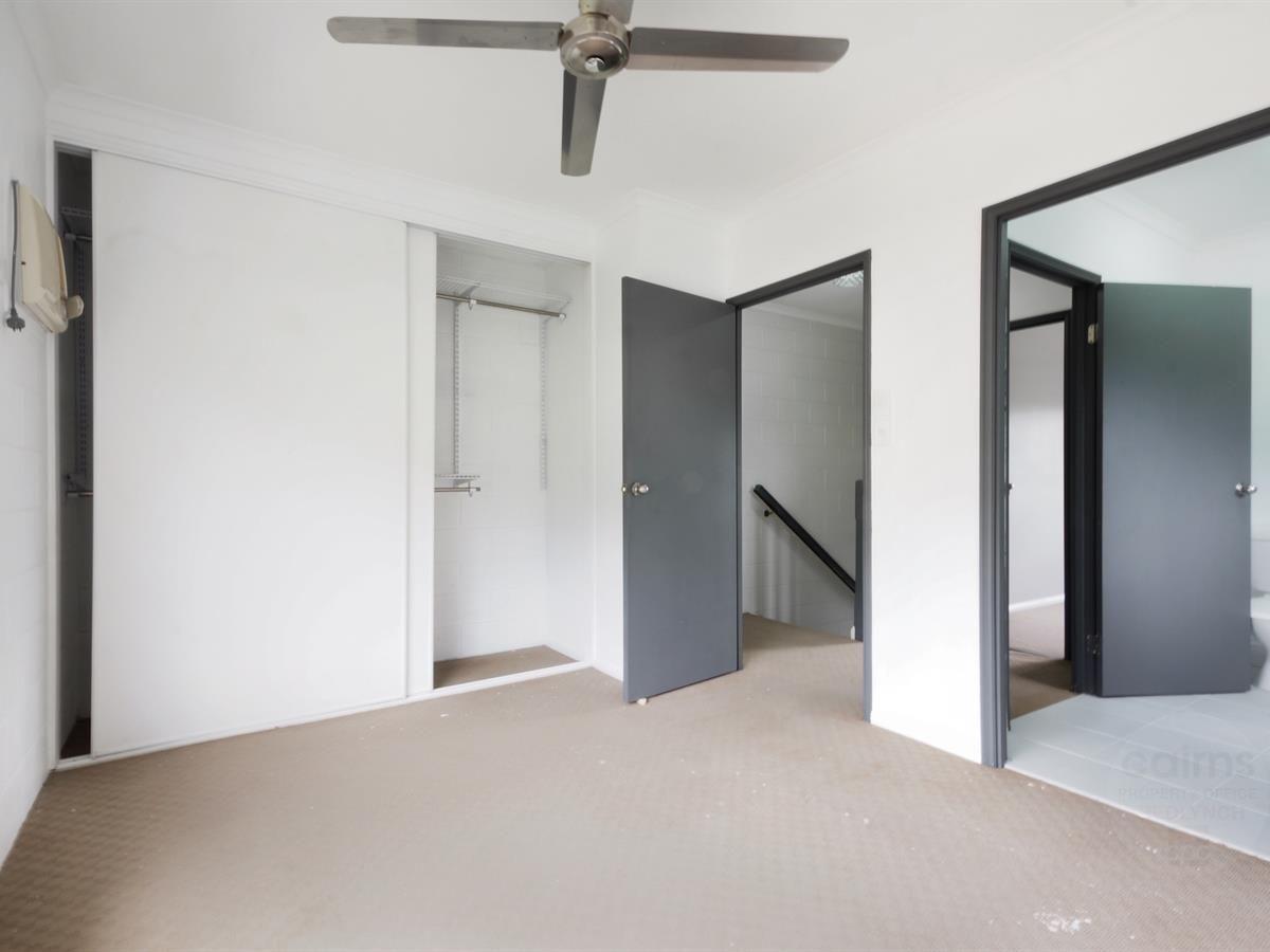 8/8 Short Street, Redlynch QLD 4870, Image 2