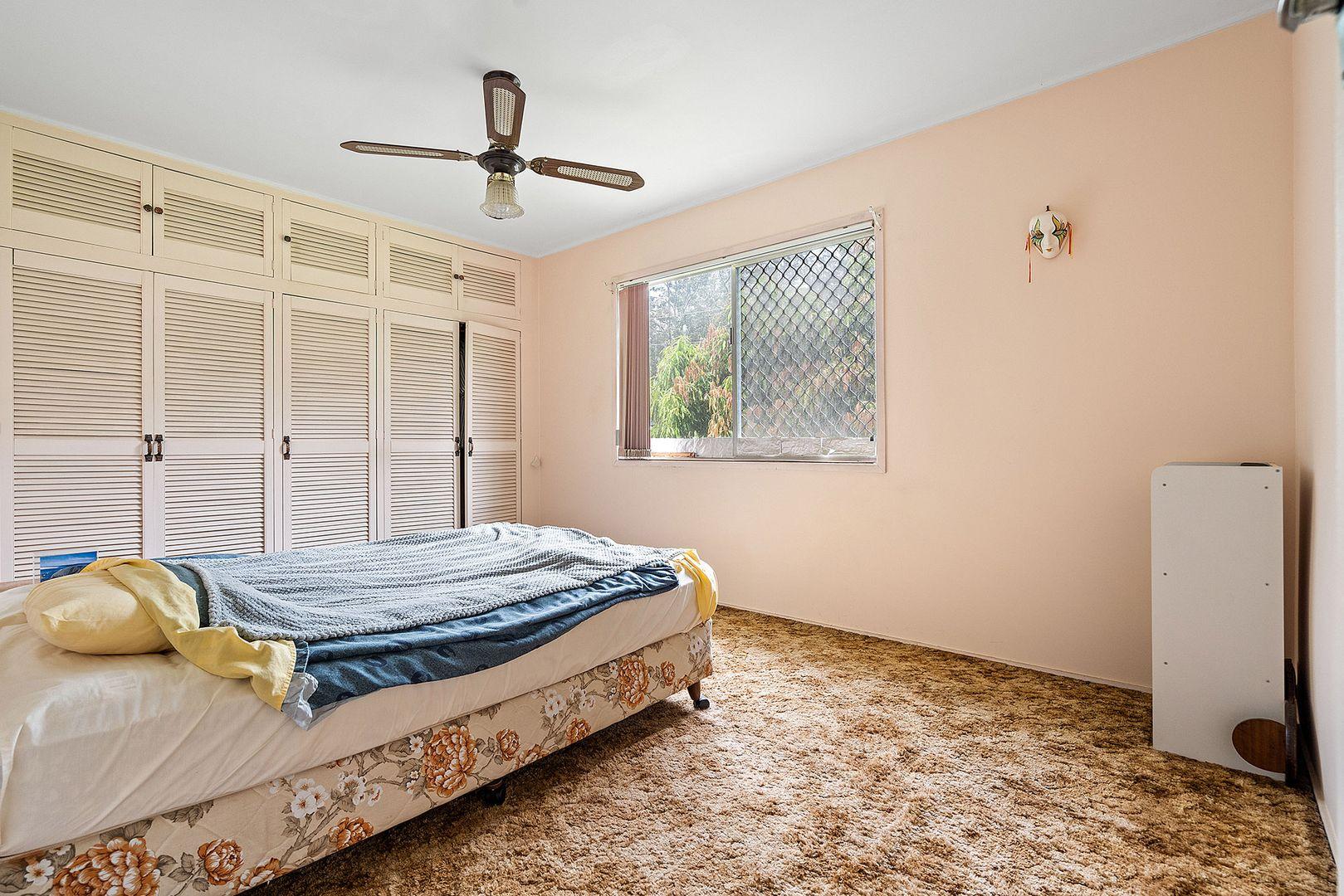 18 Collin Court, Kingston QLD 4114, Image 2