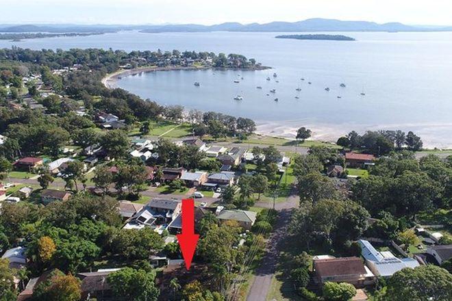 Picture of 62 King Albert Avenue, TANILBA BAY NSW 2319