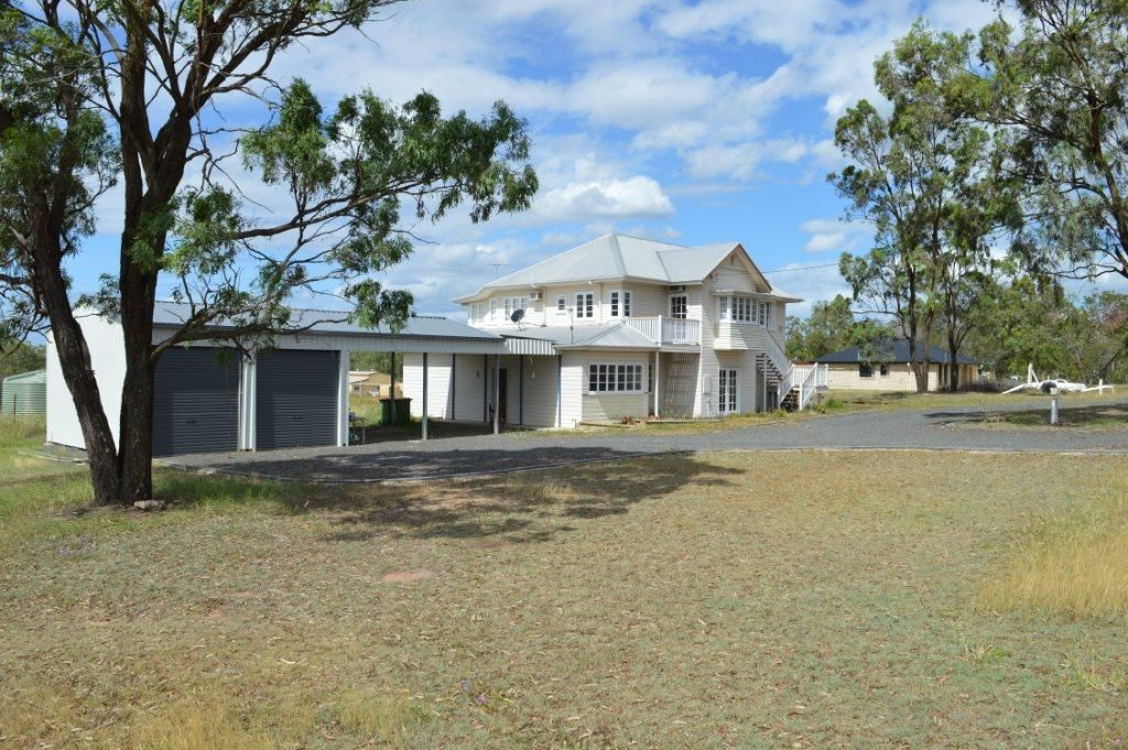 8 Magpie Ave, Regency Downs QLD 4341, Image 0