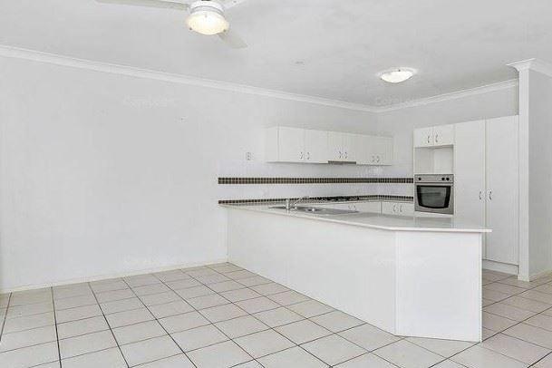 10 Carney Circuit, Redbank Plains QLD 4301, Image 2
