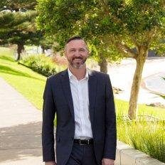 Robert Granger, Sales Consultant