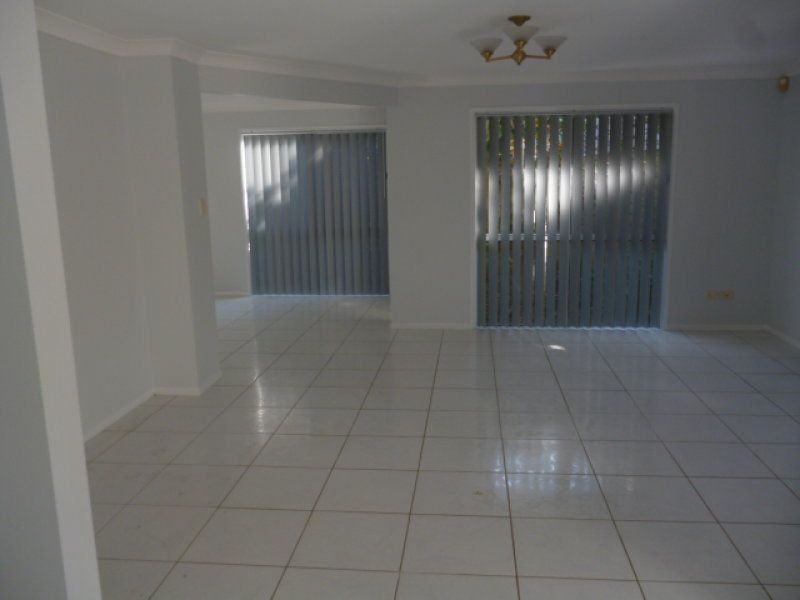 16 Wallace St, Wellington Point QLD 4160, Image 2