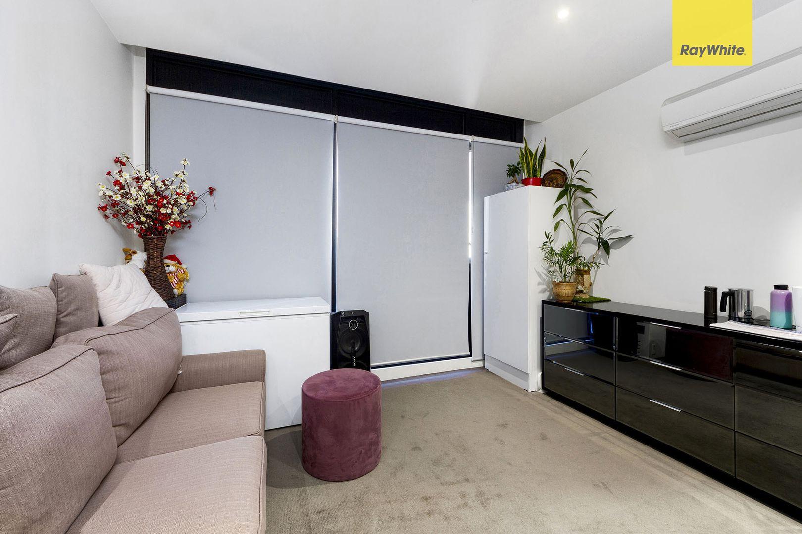 506B/2 Dennis Street, Footscray VIC 3011, Image 2