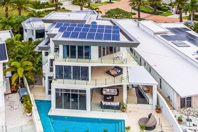 Picture of 64 The Sovereign Mile, SOVEREIGN ISLANDS QLD 4216