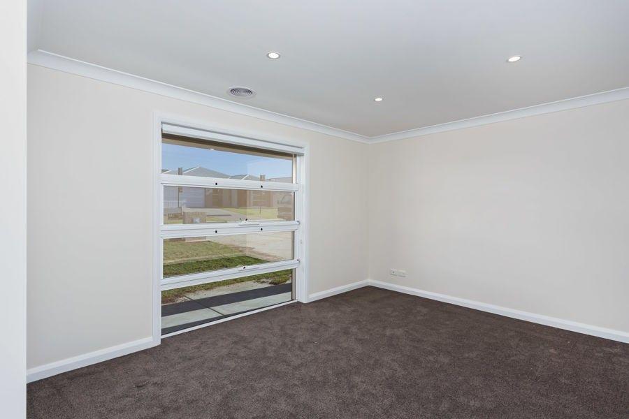 13 Goonawarra Street, Gobbagombalin NSW 2650, Image 1