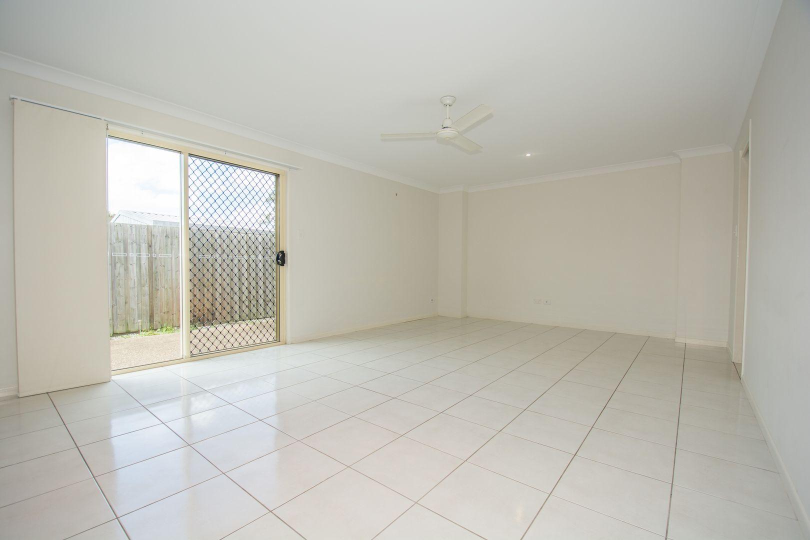 3/10 Curtis Street, Bundaberg South QLD 4670, Image 2