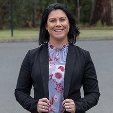 Amy McCurley, Sales representative