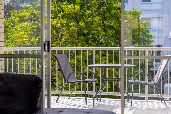 Picture of Unit 3 'Glenburnie' 9 Orvieto Terrace, KINGS BEACH QLD 4551